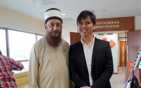 Sheikh Imran Hosein with KH Lau